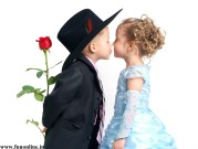 Beautiful-Baby-Couple-Kissing